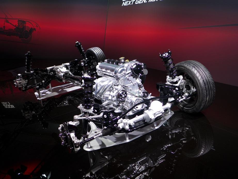 Mazda_Miata_FrontEngine