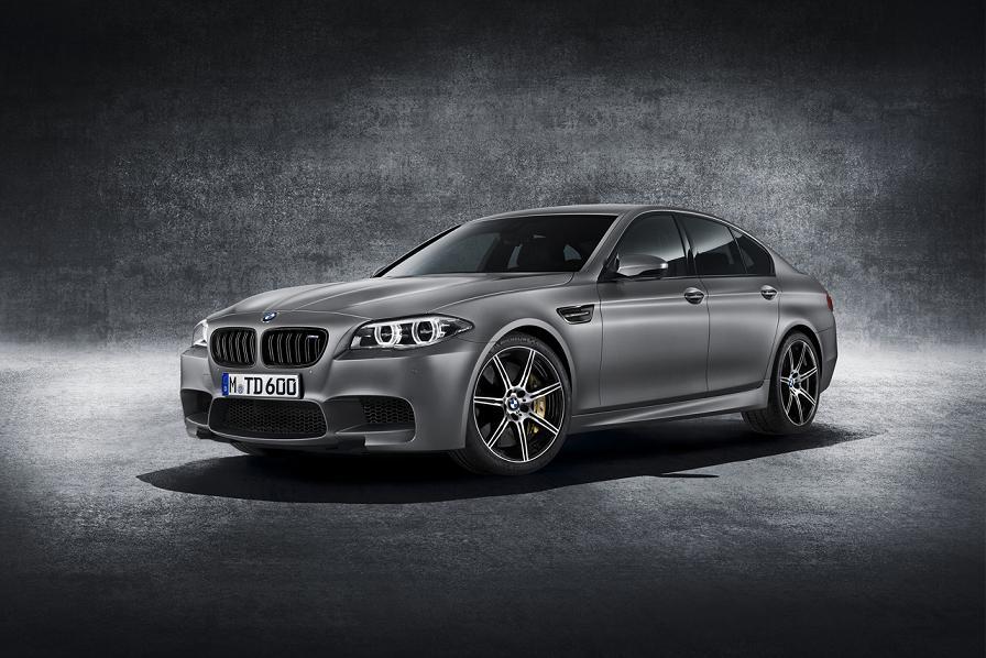 2015_BMW_M5_30th_1