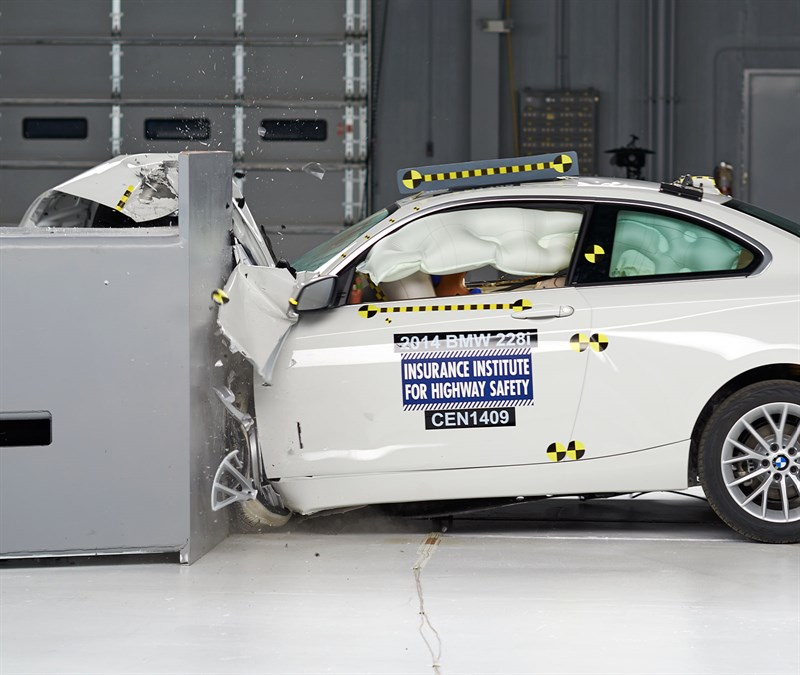 BMW_228i_IIHS_SmallOverlap