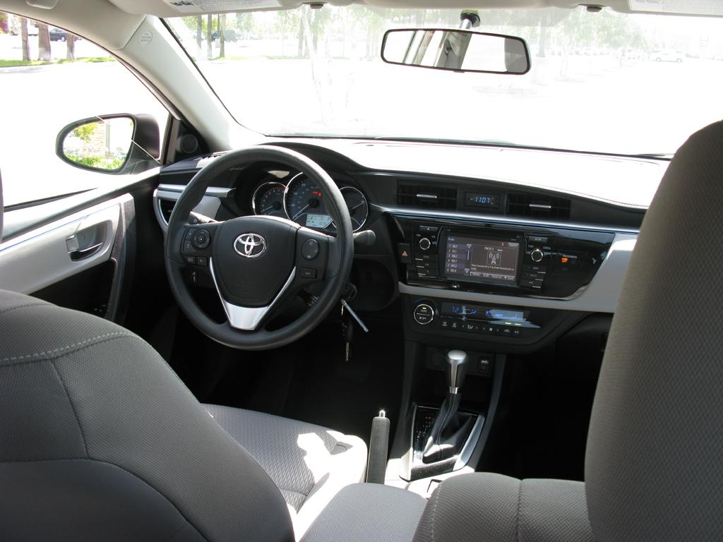 2014 Toyota Corolla Le Interior Pictures To Pin On Pinterest Pinsdaddy
