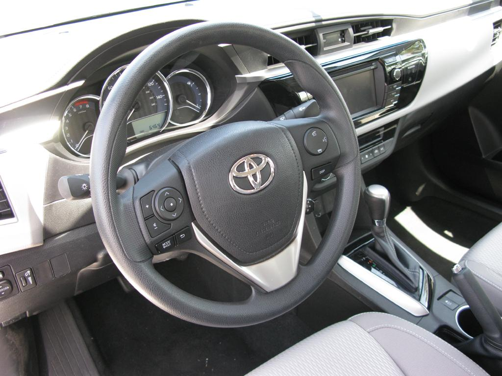 Test Drive Review 2014 Toyota Corolla Le Part 3 Interior Electronic Features Youwheel