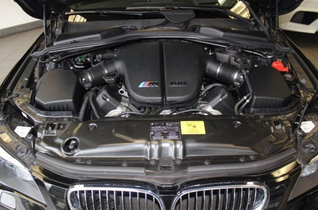100 Bmw G30 M5 2018 Performance Old