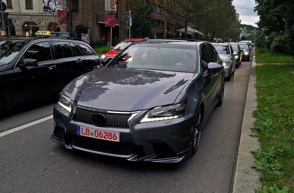 2015_Lexus_GS-F_Spyshot_5