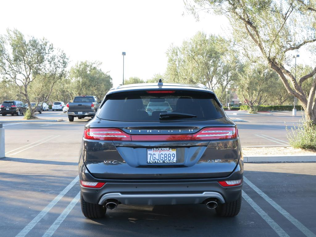 2015_Lincoln_MKC_AWD_5