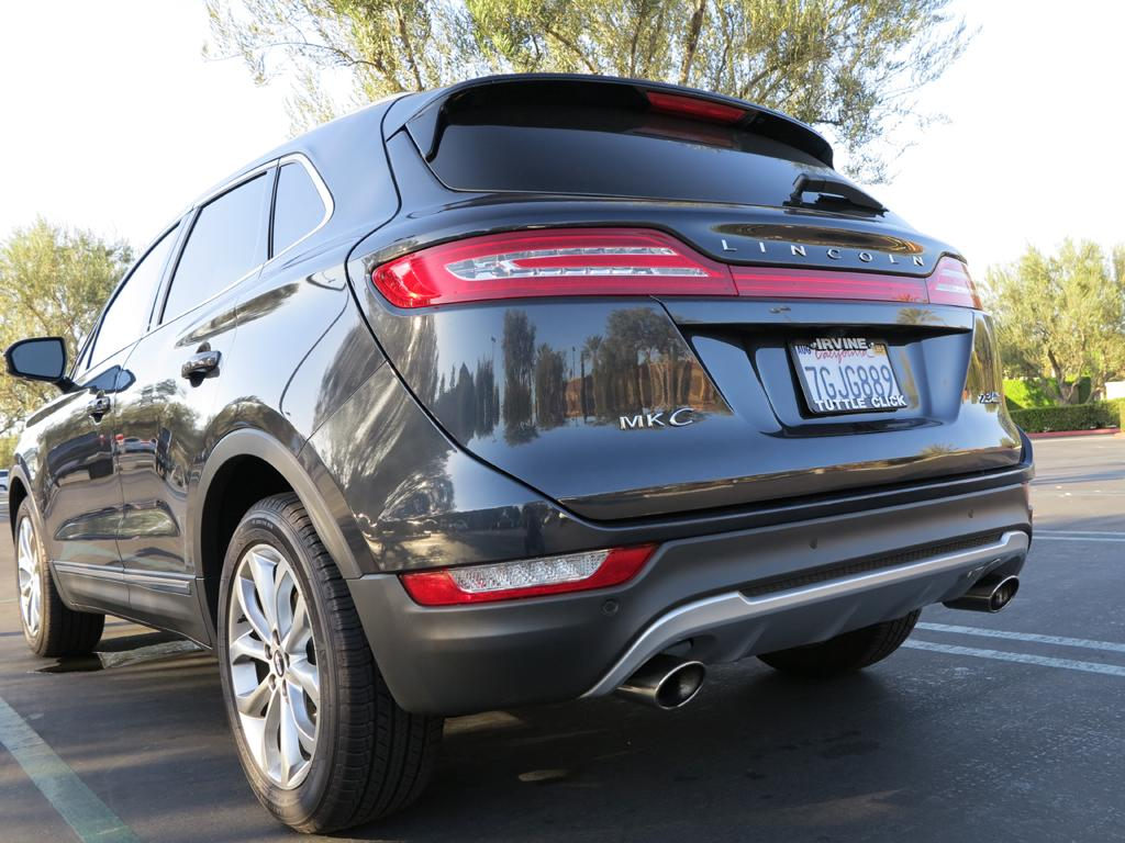 2015_Lincoln_MKC_AWD_8