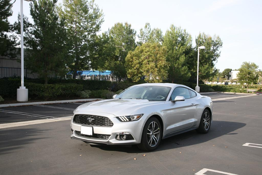 2015_Ford_Mustang_EcoBoost