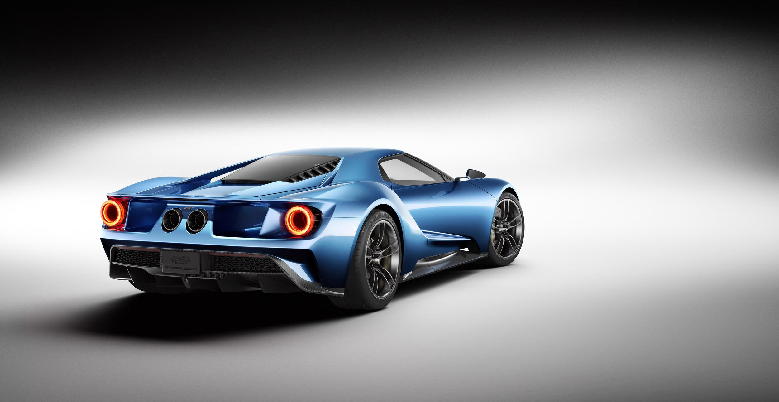 2016_Ford_GT_3