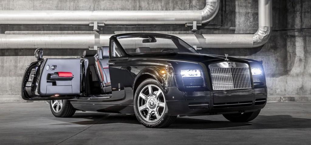Rolls-Royce_Phantom_Drophead_Coupe_Nighthawk_1