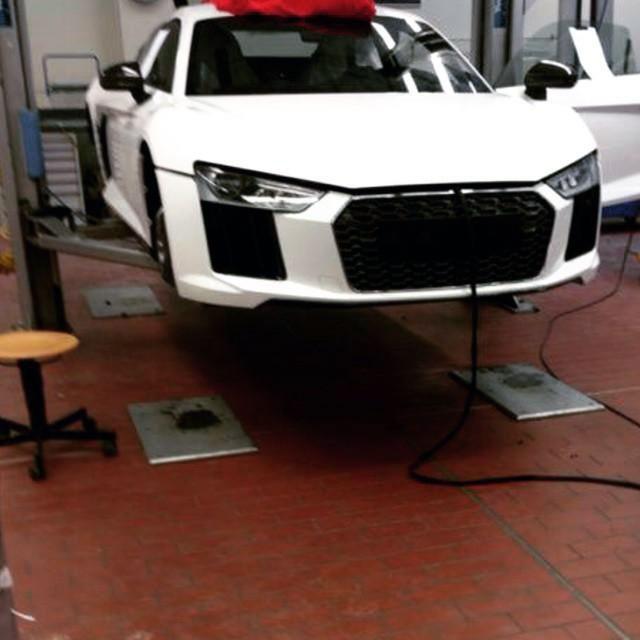 2016_Audi_R8_Spy