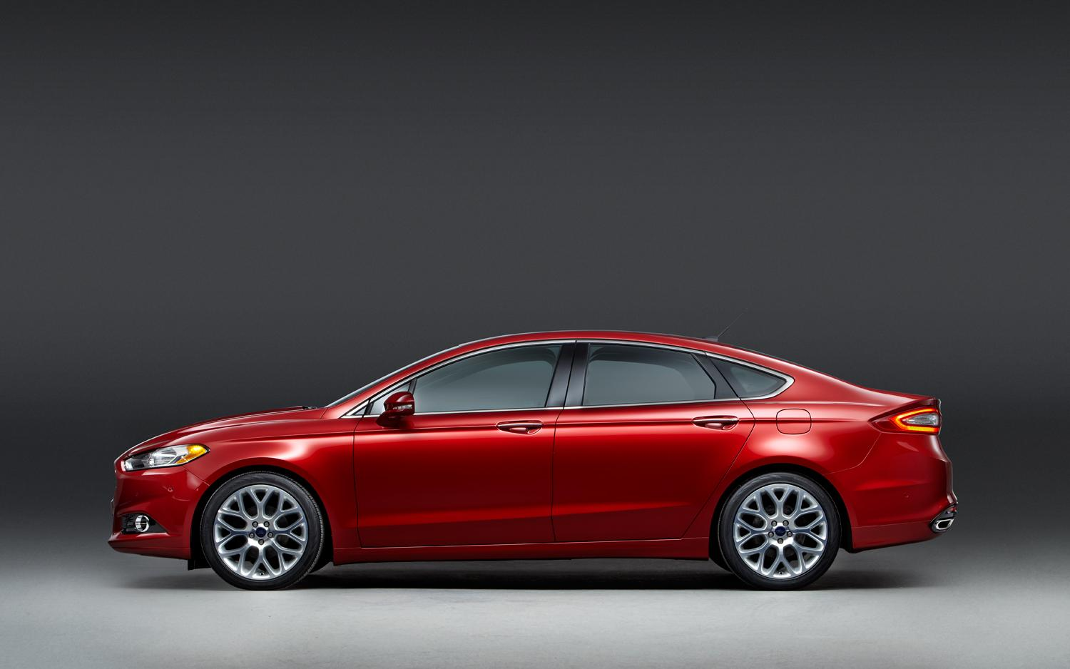 2013_Ford_Fusion