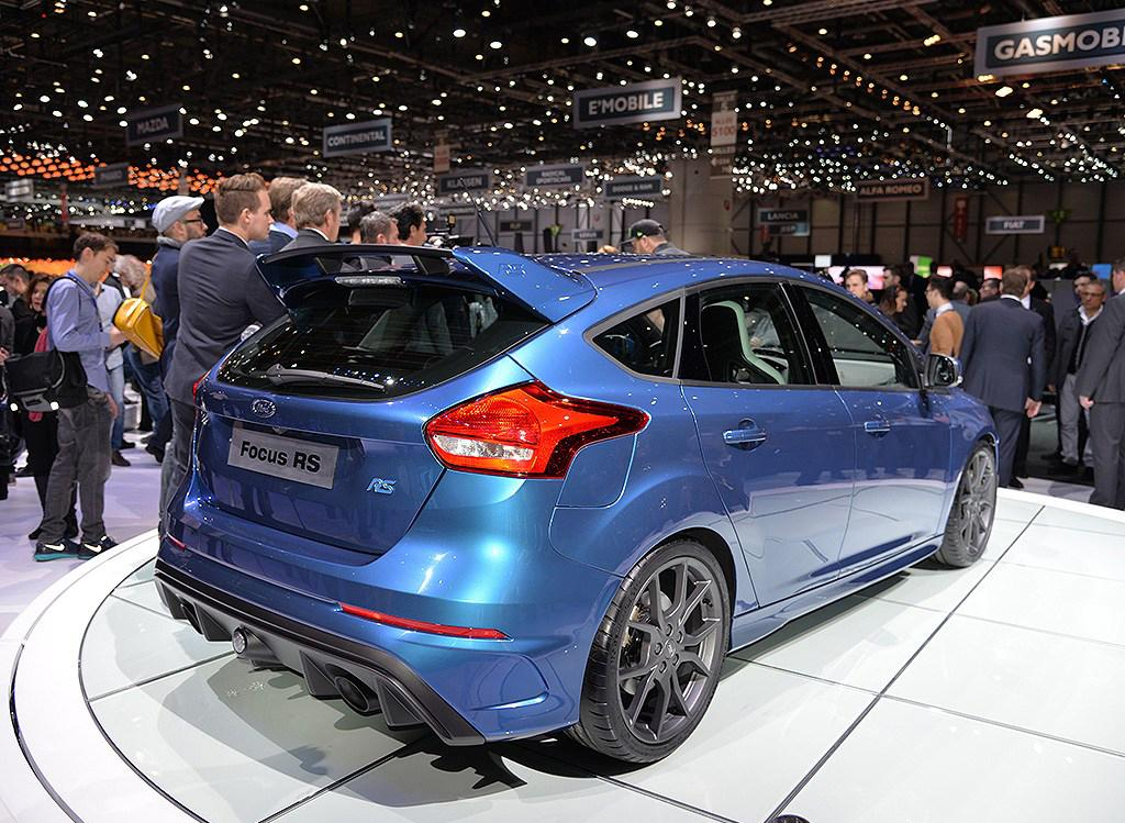 Live from Geneva: 2016 Ford Focus RS (with 29 HD Photos ...