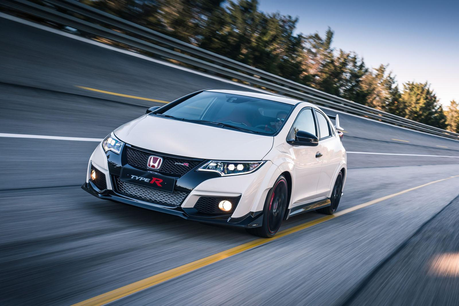 officially announced the 2016 honda civic type r with 15. Black Bedroom Furniture Sets. Home Design Ideas
