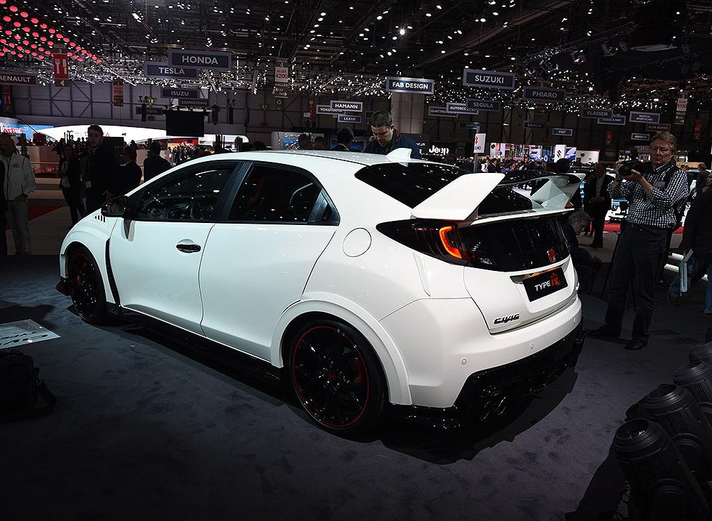 live from geneva the 2016 honda civic type r your ultimate and professional. Black Bedroom Furniture Sets. Home Design Ideas