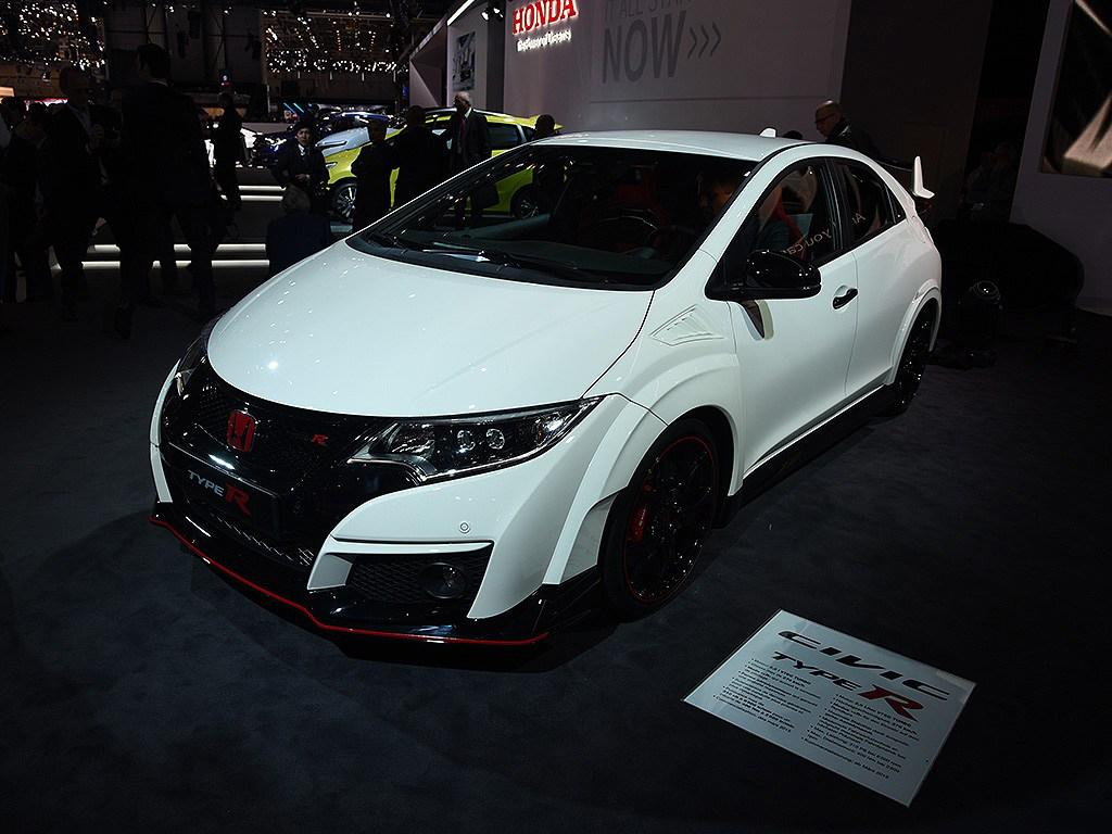 live from geneva the 2016 honda civic type r youwheel. Black Bedroom Furniture Sets. Home Design Ideas