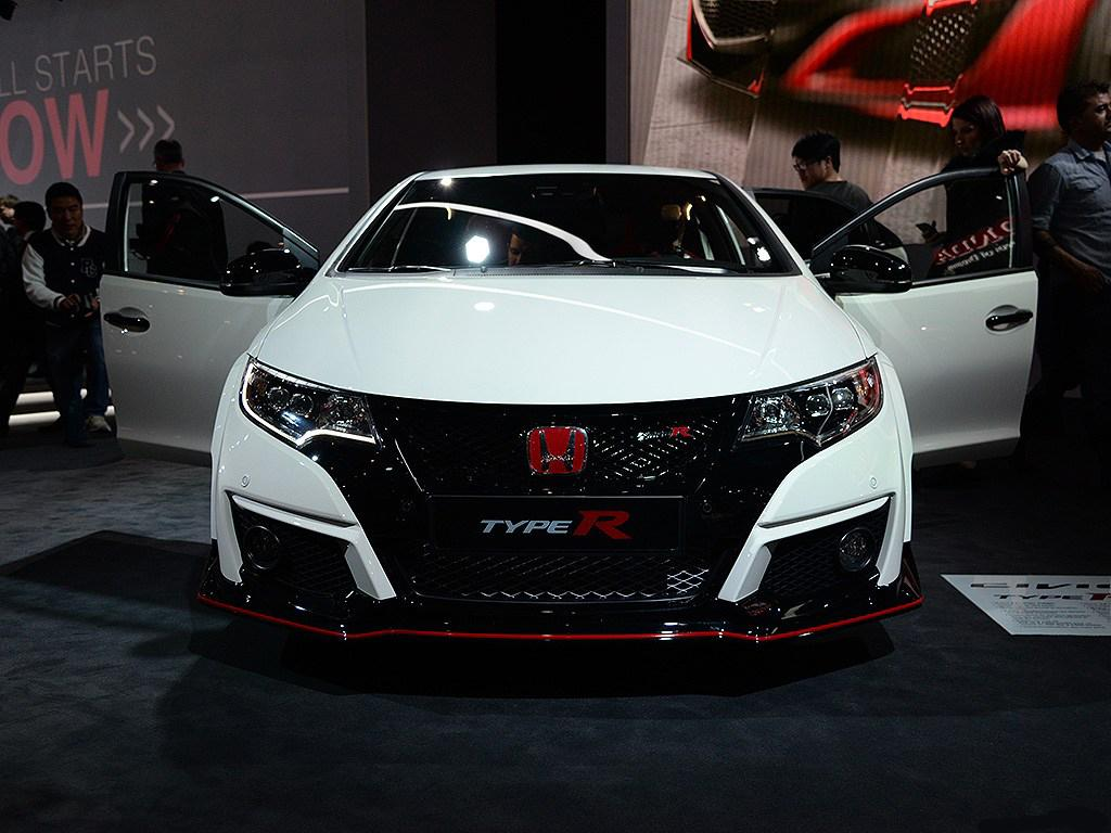 live from geneva the 2016 honda civic type r car. Black Bedroom Furniture Sets. Home Design Ideas