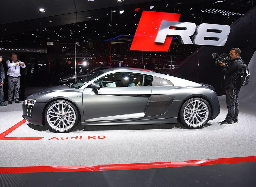 Live From Geneva The All New 2016 Audi R8 39 Hd Photos