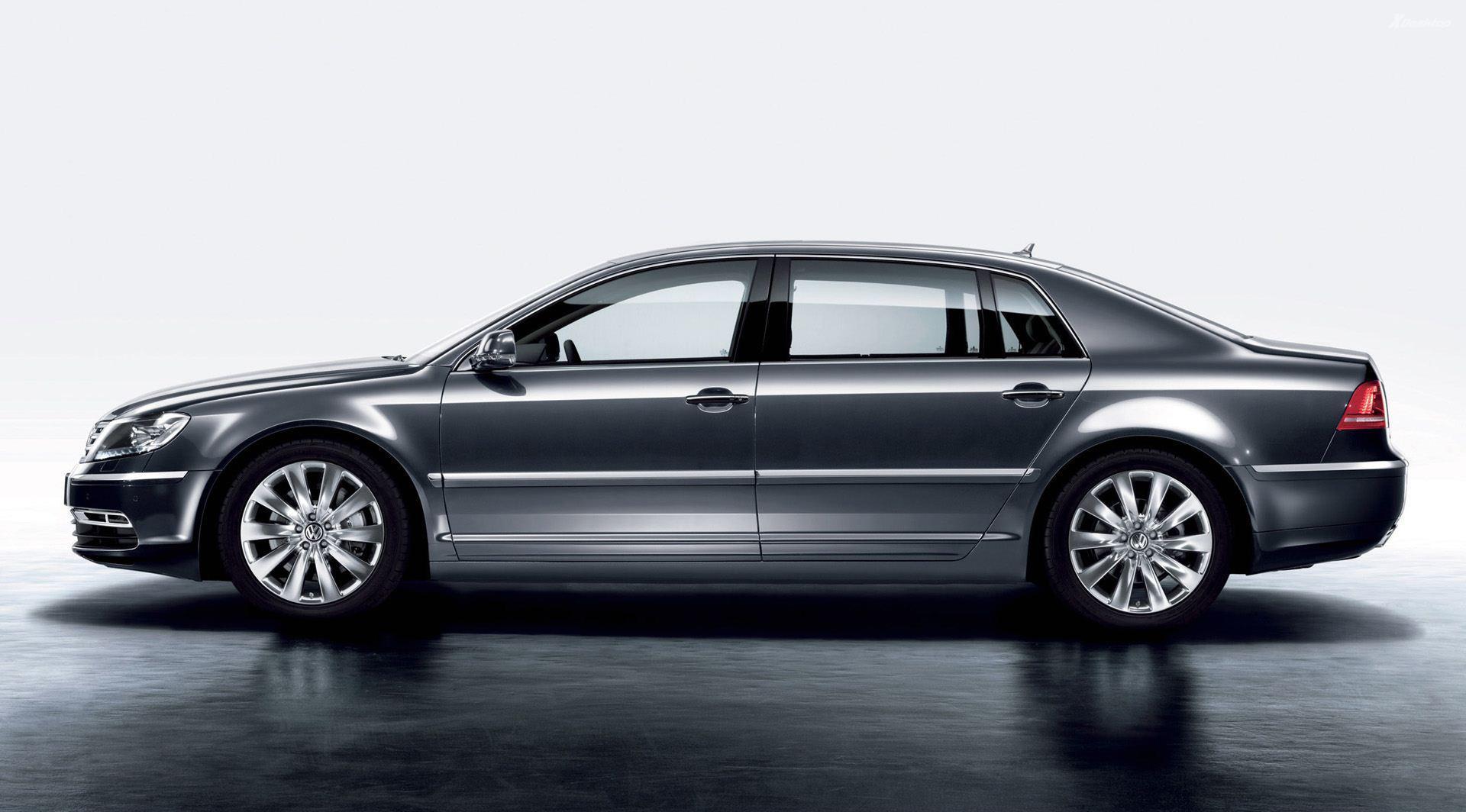 2011_Volkswagen_Phaeton