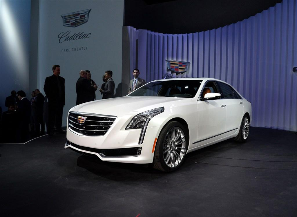 2016 cadillac ct6 officially announced in new york with live photos your. Black Bedroom Furniture Sets. Home Design Ideas