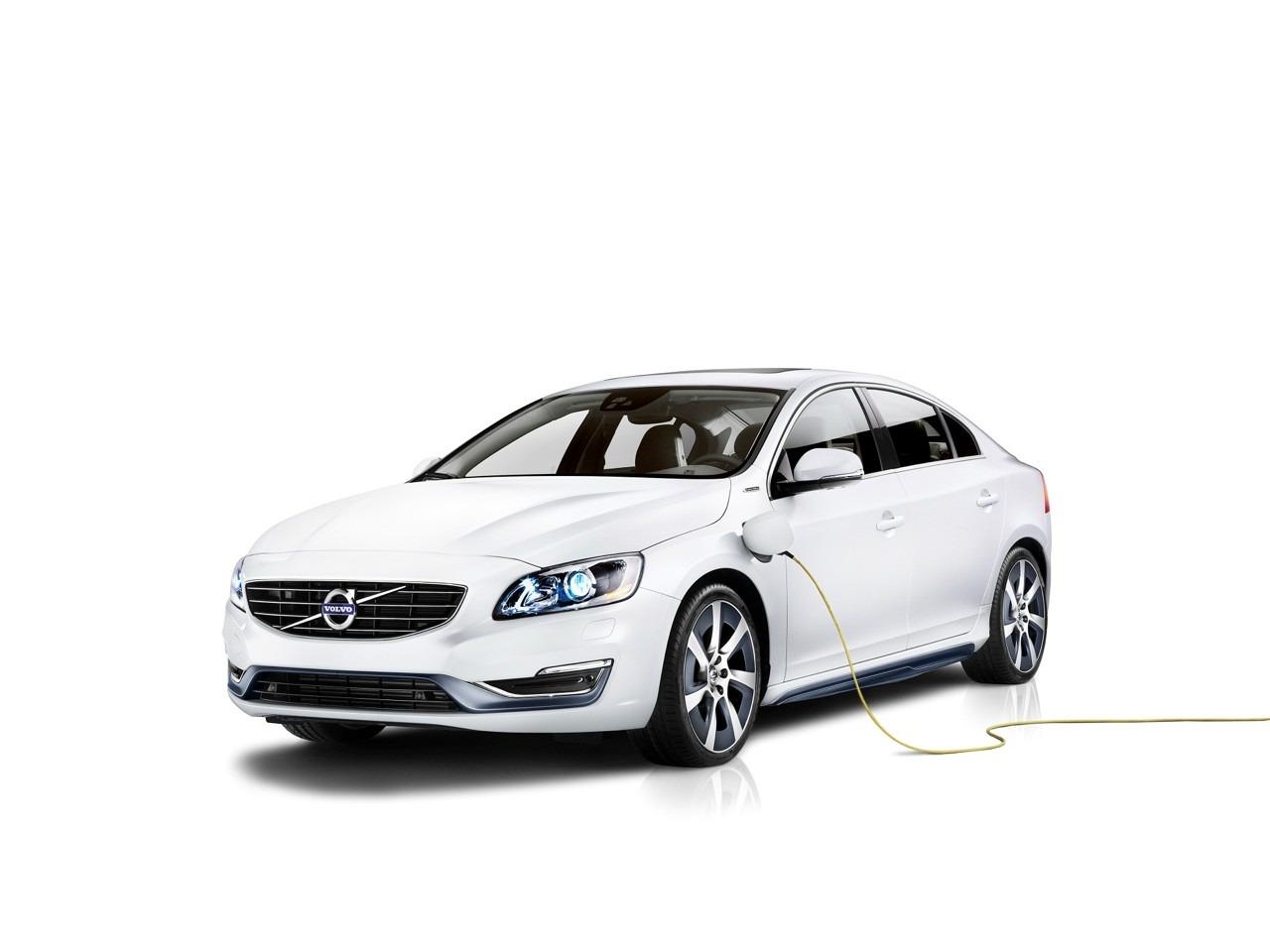Volvo_S60L_Petrol_Plug-in_Hybrid_1