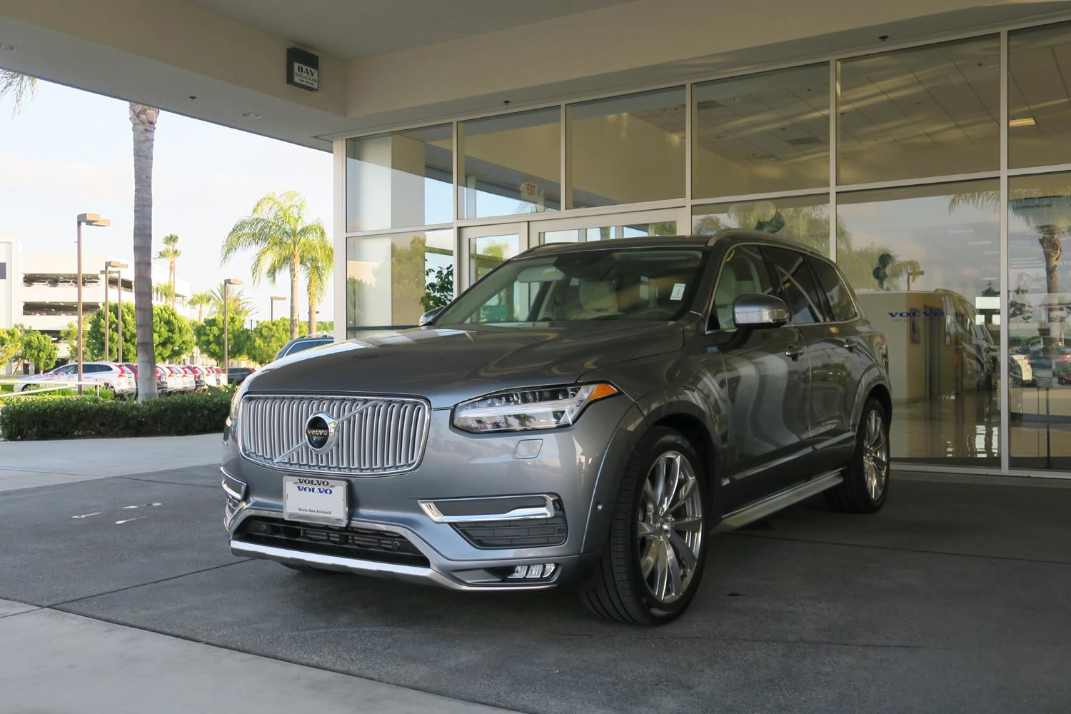 2016_Volvo_XC90_T6_AWD_Inscription_44