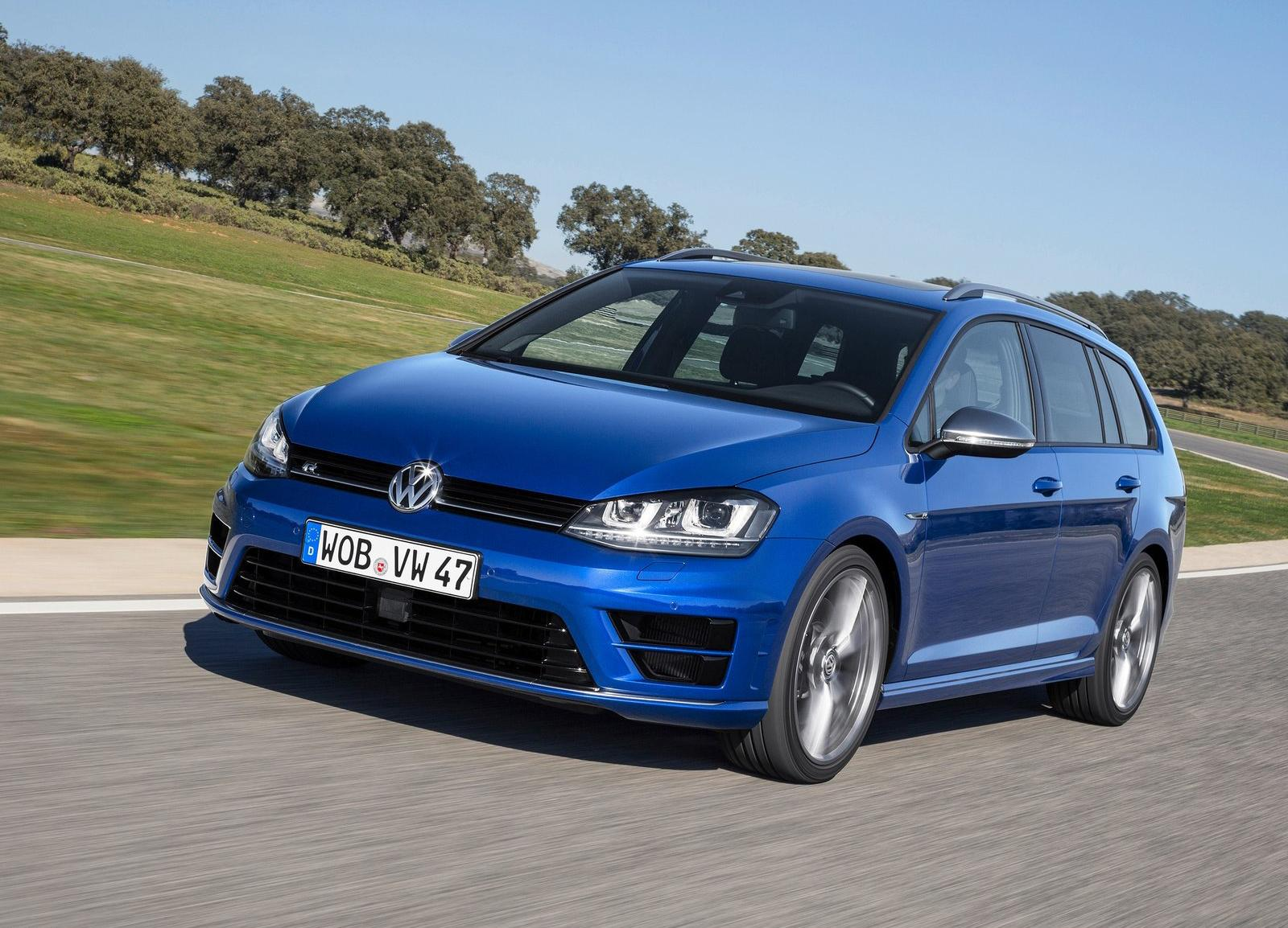 2015_Volkswagen_Golf_R